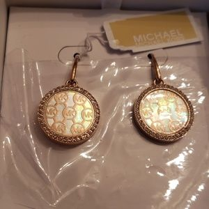 Michael Kors Nwt Gold Mother Of Pearl Earrings